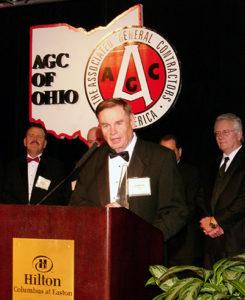 2006 Pinnacle Award Robert Moyer accepting the Pinnacle Award for Lifetime Achievement